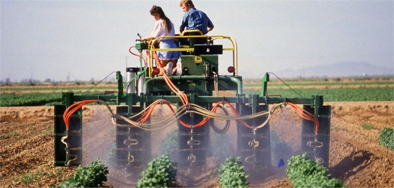 effects of computer on agriculture Agriculture technology modern farms and agricultural operations work far differently than those a few decades ago, primarily because of advancements in technology, including sensors, devices, machines, and information technology.